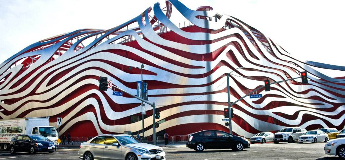 Музей Петерсена в Лос-Анджелесе